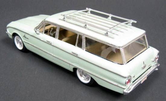 Ford-Falcon-model-car