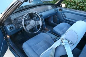 1987-Mustang-LX-interior-